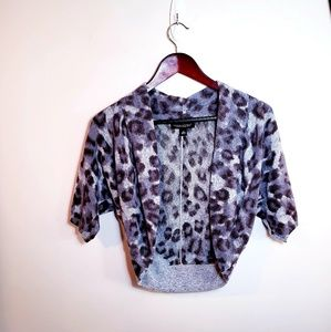 SALE! ❤Banana Republic Leopard Print Shrug